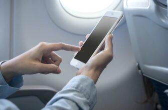 Телефон в самолете — почему нельзя им пользоваться при полете