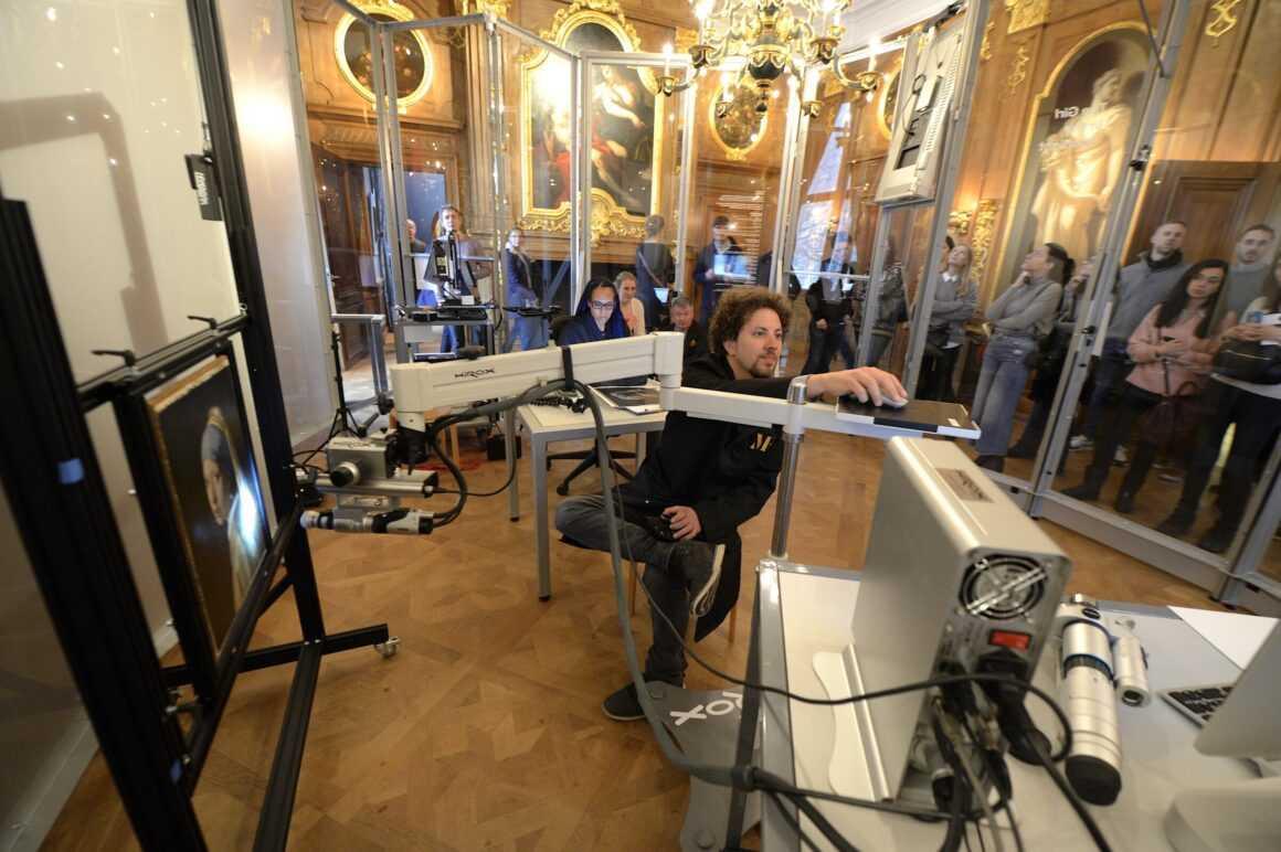 Почему «Девушка с жемчужной сережкой» — самая загадочная картина Голландии