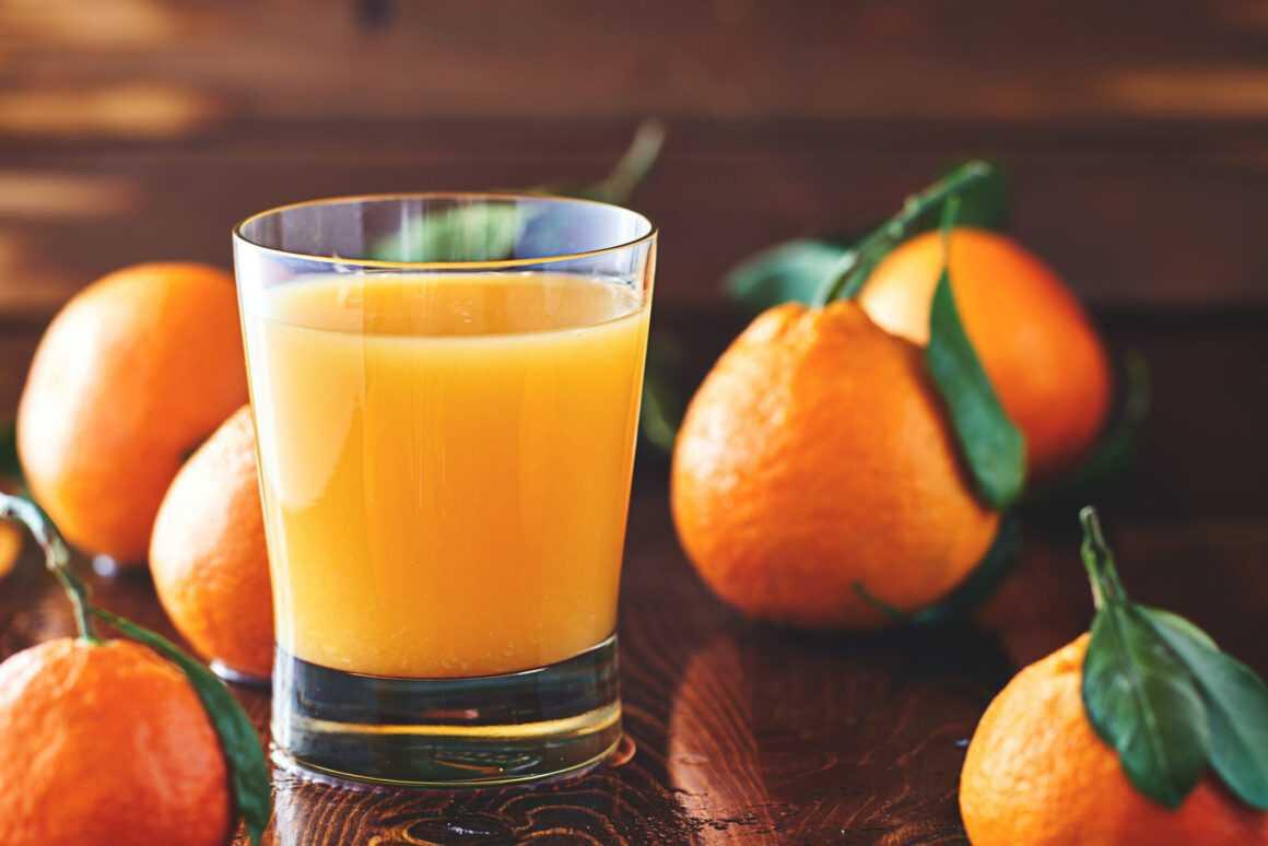 Фрукты и сок: как правильно питаться
